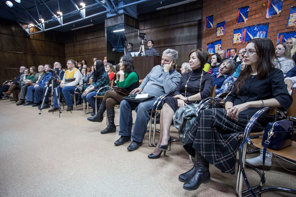 Взыскательная публика: поэт-классик Владимир Берязев и директор НГОНБ Светлана Тарасова