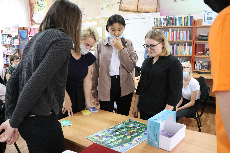 Новосибирские писатели и библиотекари провели мероприятия для молодёжи в Карасуке